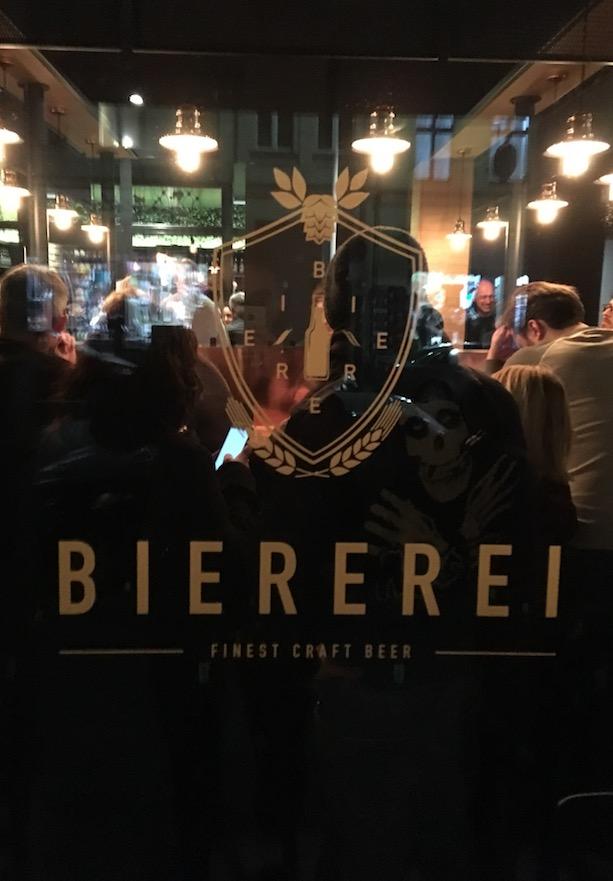 Biererei Bar Eingang